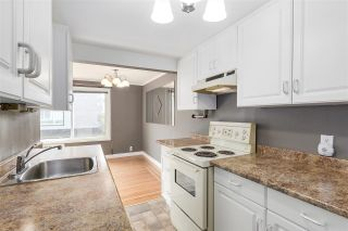 "Photo 2: 24 1480 ARBUTUS Street in Vancouver: Kitsilano Condo for sale in ""SEAVIEW MANOR"" (Vancouver West)  : MLS®# R2161002"