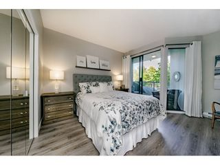 """Photo 13: 201 1705 MARTIN Drive in Surrey: Sunnyside Park Surrey Condo for sale in """"Southwynd"""" (South Surrey White Rock)  : MLS®# R2393853"""