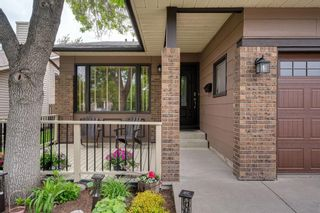 Photo 2: 12 Sunvale Mews SE in Calgary: Sundance Detached for sale : MLS®# A1119027