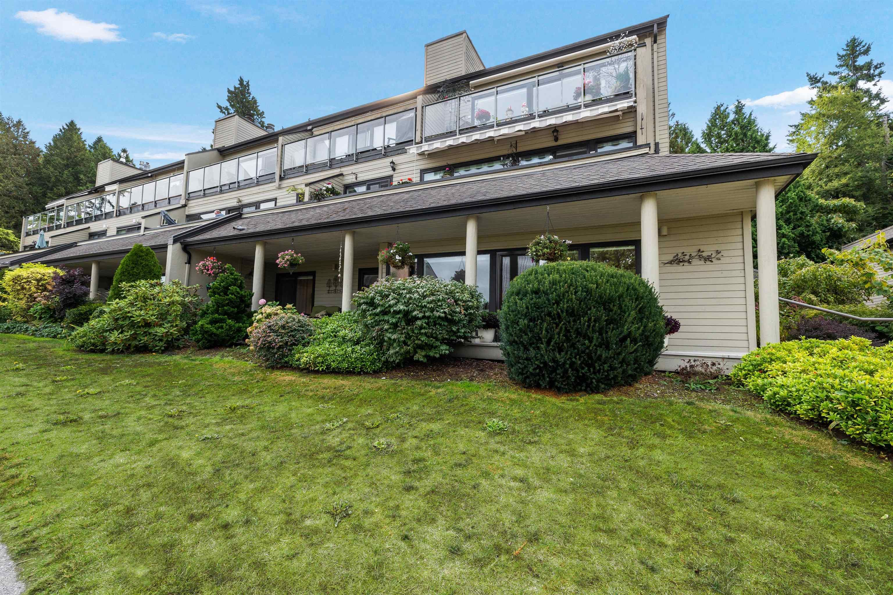 Main Photo: 1 14045 NICO WYND Place in Surrey: Elgin Chantrell Condo for sale (South Surrey White Rock)  : MLS®# R2618388