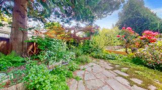 """Photo 39: 3806 GARDEN GROVE Drive in Burnaby: Greentree Village House for sale in """"Greentree Village"""" (Burnaby South)  : MLS®# R2582990"""