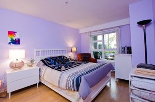 Photo 9: 104 2161 WEST 12TH AVENUE in Carlings: Home for sale