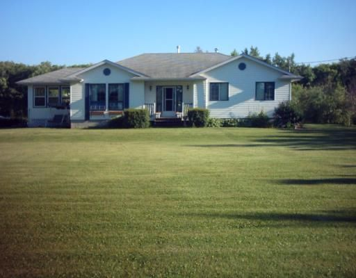 Main Photo: 35 POPLAR Drive in ROCKWOOD: Argyle / Balmoral / Grosse Isle / Gunton / Stony Mountain / Stonewall / Marquette / Warren / Woodlands Residential for sale (Winnipeg area)  : MLS®# 2910910