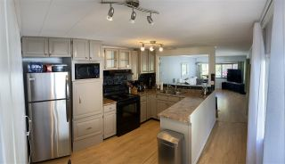 """Photo 5: 74 7790 KING GEORGE Boulevard in Surrey: East Newton Manufactured Home for sale in """"CRISPEN BAYS"""" : MLS®# R2489306"""