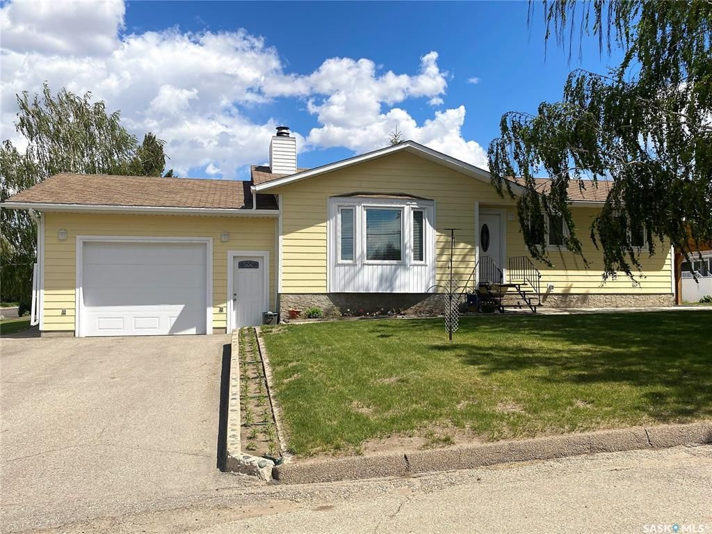 Main Photo: 201 6th Avenue East in Delisle: Residential for sale : MLS®# SK856829