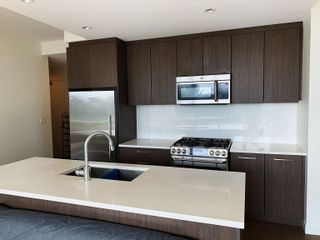 Photo 5: 607 9080 UNIVERSITY Crescent in Burnaby: Simon Fraser Univer. Condo for sale (Burnaby North)  : MLS®# R2612546