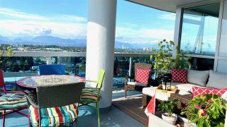 """Photo 3: 2302 11967 80 Avenue in Delta: Scottsdale Condo for sale in """"Delta Rise"""" (N. Delta)  : MLS®# R2473205"""