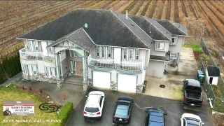 Photo 3: 1800 LEFEUVRE Road in Abbotsford: Aberdeen House for sale : MLS®# R2562400