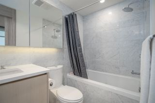 "Photo 11: 2508 89 NELSON Street in Vancouver: Yaletown Condo for sale in ""THE ARC"" (Vancouver West)  : MLS®# R2516690"