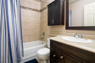 "Photo 2: 39 21960 RIVER Road in Maple Ridge: West Central Townhouse for sale in ""Foxborough Hills"" : MLS®# R2204408"