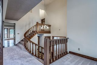 Photo 9: 331 Coach Light Bay SW in Calgary: Coach Hill Detached for sale : MLS®# A1132031