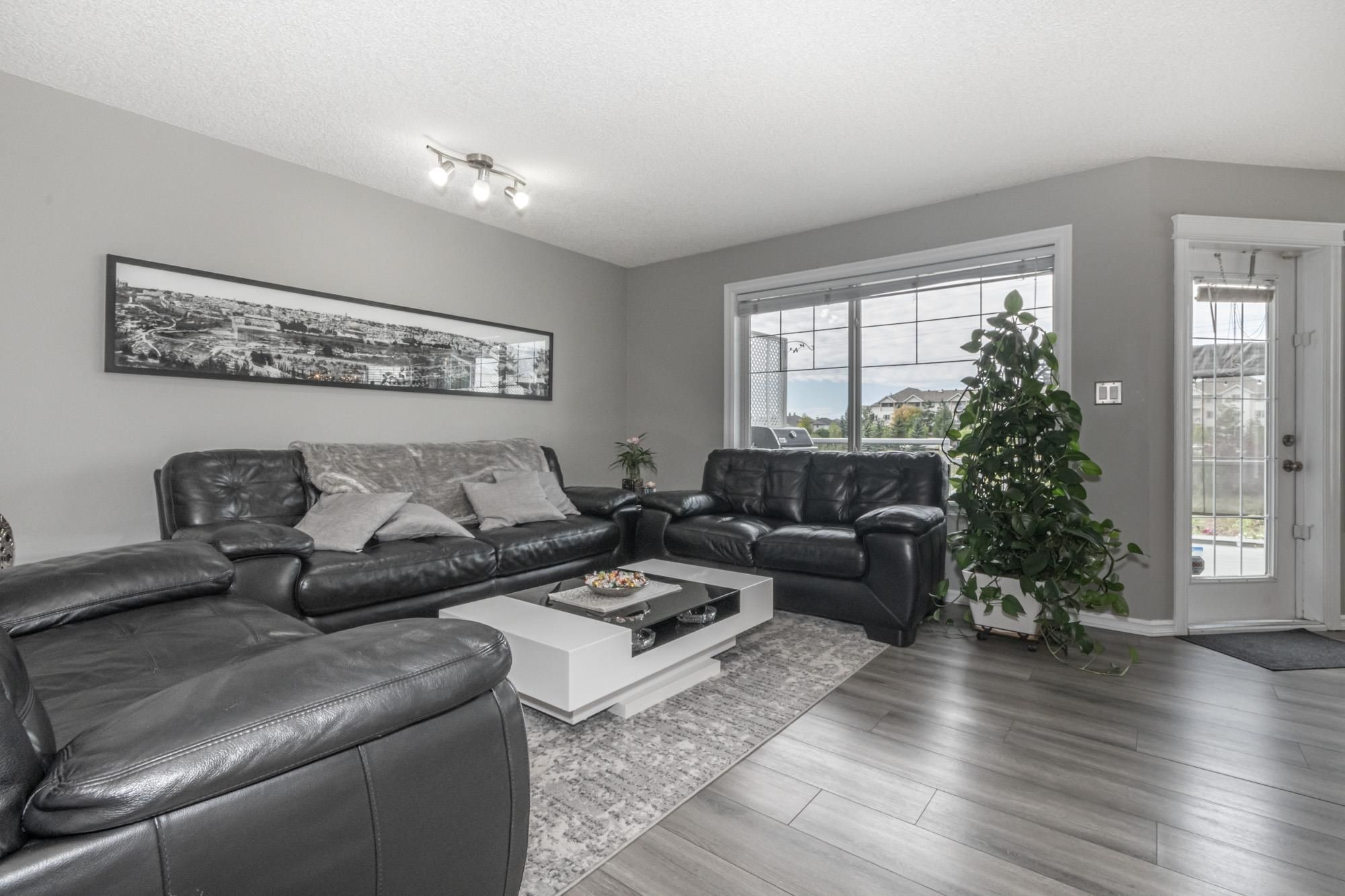 Main Photo: 408 86 Street in Edmonton: Zone 53 House for sale : MLS®# E4261895