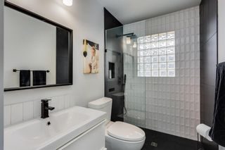 Photo 9: 2439 22A Street NW in Calgary: Banff Trail Detached for sale : MLS®# A1135055
