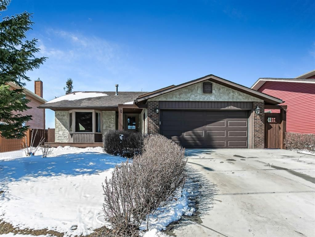 Main Photo: 3 Downey Green: Okotoks Detached for sale : MLS®# A1088351
