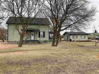 Photo 5: 5001 51 Street: Strome House for sale : MLS®# E4233634