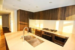 """Photo 5: 2707 1351 CONTINENTAL Street in Vancouver: Downtown VW Condo for sale in """"Maddox"""" (Vancouver West)  : MLS®# R2569520"""