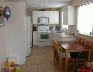 """Photo 5: 21555 DEWDNEY TRUNK Road in Maple Ridge: West Central Townhouse for sale in """"RICHMOND COURT"""" : MLS®# V625323"""
