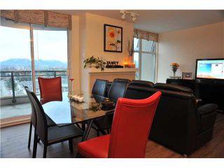 Photo 3: 1607 8460 GRANVILLE AVENUE in Richmond: Brighouse South Condo for sale : MLS®# R2329933