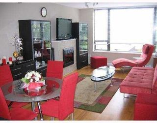 """Photo 3: 403 4178 DAWSON Street in Burnaby: Brentwood Park Condo for sale in """"TANDEM II"""" (Burnaby North)  : MLS®# V761036"""