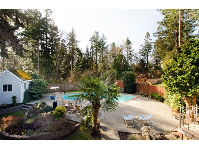 Photo 19: Photos: 5284 WALLACE Avenue in Tsawwassen: Pebble Hill House for sale : MLS®# V1052173