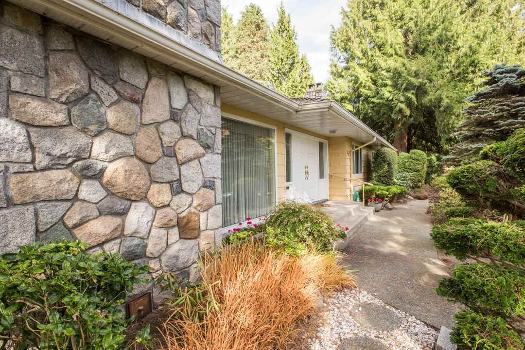 """Photo 9: Photos: 3521 W 47TH Avenue in Vancouver: Southlands House for sale in """"SOUTHLANDS"""" (Vancouver West)  : MLS®# R2005508"""