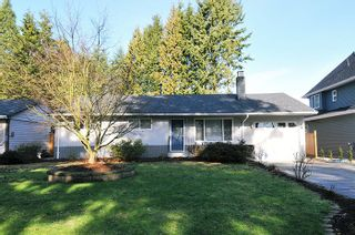 Photo 1: 1651 ROBERTSON Avenue in Port Coquitlam: Glenwood PQ House for sale : MLS®# R2033421