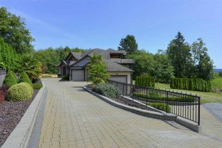 Photo 20: 12968 SOUTHRIDGE Drive in Surrey: Panorama Ridge House for sale : MLS®# R2434272