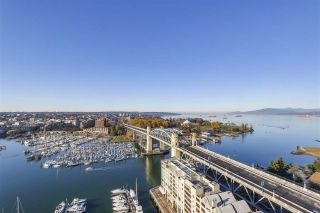 Photo 1: 2202 1000 BEACH AVENUE in Vancouver: Yaletown Condo for sale (Vancouver West)  : MLS®# R2324364