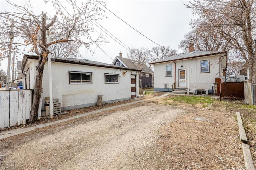 Photo 29: Photos: 292 Beaverbrook Street in Winnipeg: River Heights North Residential for sale (1C)  : MLS®# 202109631