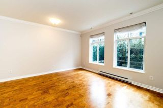 Photo 7: 49 7488 SOUTHWYNDE Avenue in Burnaby: South Slope Townhouse for sale (Burnaby South)  : MLS®# R2152436