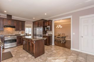 """Photo 8: 33780 KETTLEY Place in Mission: Mission BC House for sale in """"College Heights"""" : MLS®# R2245478"""