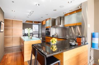 """Photo 16: PH 1935 HARO Street in Vancouver: West End VW Condo for sale in """"SUNDIAL PLACE"""" (Vancouver West)  : MLS®# R2589575"""