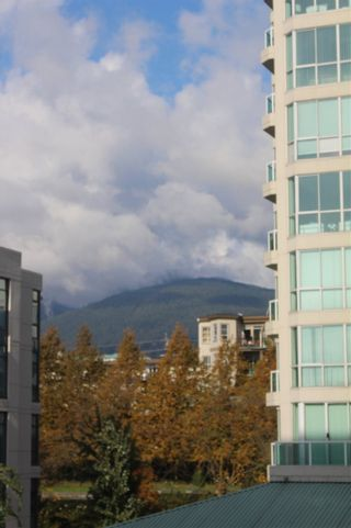 "Photo 16: 501 124 W 1ST Street in North Vancouver: Lower Lonsdale Condo for sale in ""THE Q"" : MLS®# R2115647"