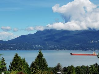 Photo 2: 1512 WESTERN Crescent in Vancouver: University VW House for sale (Vancouver West)  : MLS®# R2527792