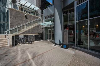 "Photo 2: 1201 233 ROBSON Street in Vancouver: Downtown VW Condo for sale in ""TV Towers 2"" (Vancouver West)  : MLS®# R2562726"
