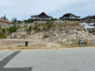 Photo 2: PARCEL A BARNACLE Street in Sechelt: Sechelt District Land for sale (Sunshine Coast)  : MLS®# R2482902