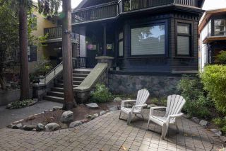 Photo 2: 1421 WALNUT Street in Vancouver: Kitsilano House for sale (Vancouver West)  : MLS®# R2535018