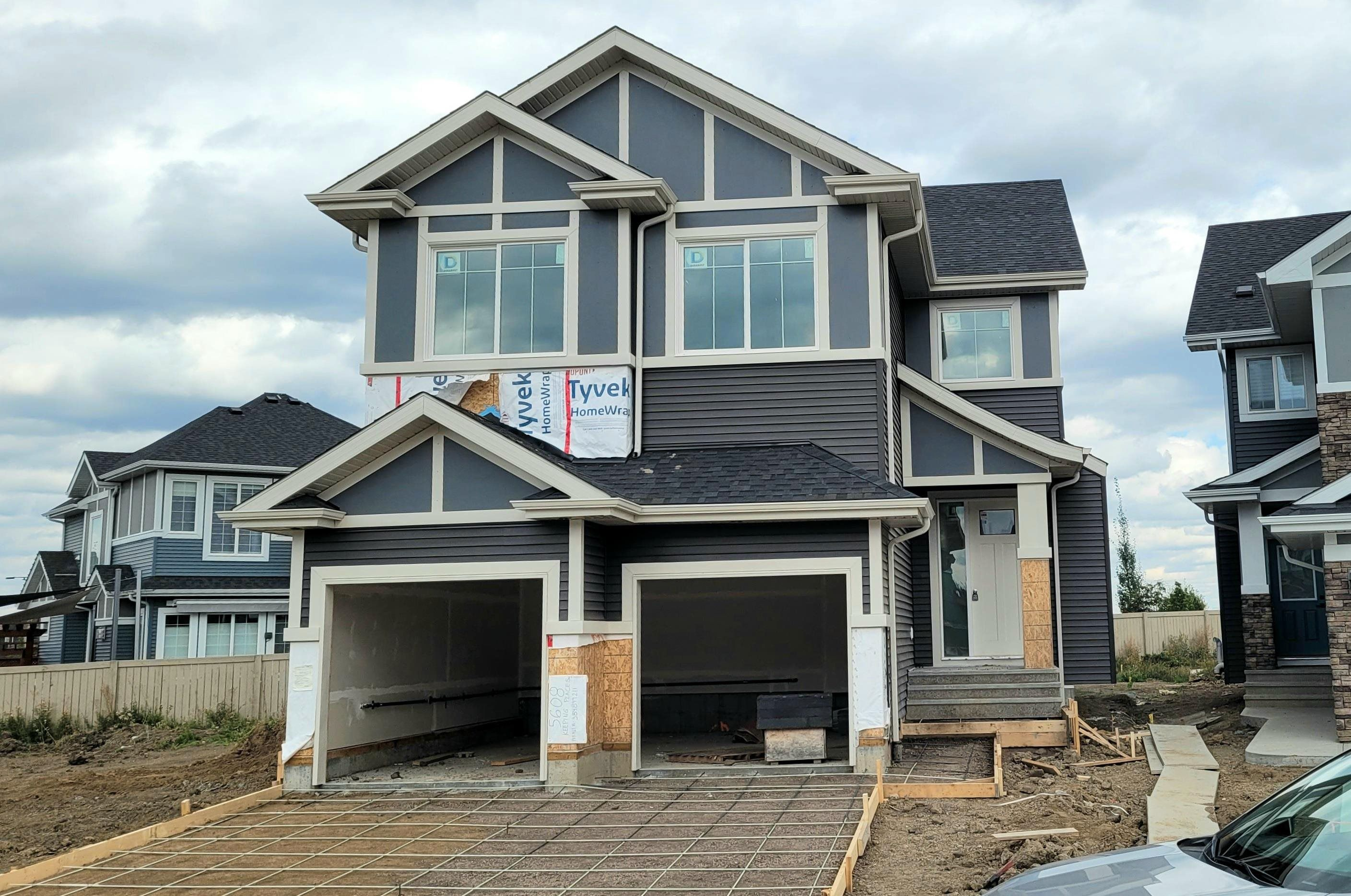 Main Photo: 5608 KEEPING Place in Edmonton: Zone 56 House for sale : MLS®# E4260130