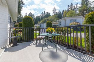 Photo 4: 804 2779 Stautw Rd in : CS Hawthorne Manufactured Home for sale (Central Saanich)  : MLS®# 811329