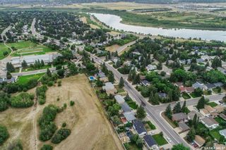 Photo 6: 110 Assiniboine Drive in Saskatoon: River Heights SA Residential for sale : MLS®# SK866495