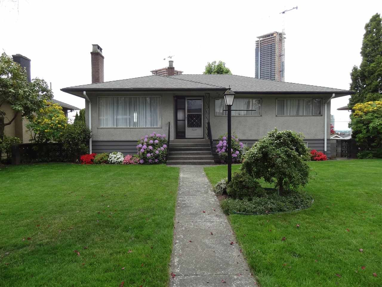 """Main Photo: 4672 HIGHLAWN Drive in Burnaby: Brentwood Park House for sale in """"BRENTWOOD"""" (Burnaby North)  : MLS®# R2443441"""