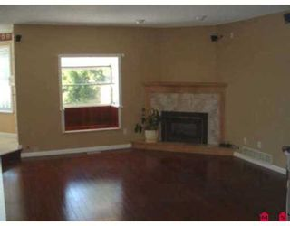 "Photo 4: 18236 CLAYTONHILL Drive in Surrey: Cloverdale BC House for sale in ""Claytonhill"" (Cloverdale)  : MLS®# F2811117"