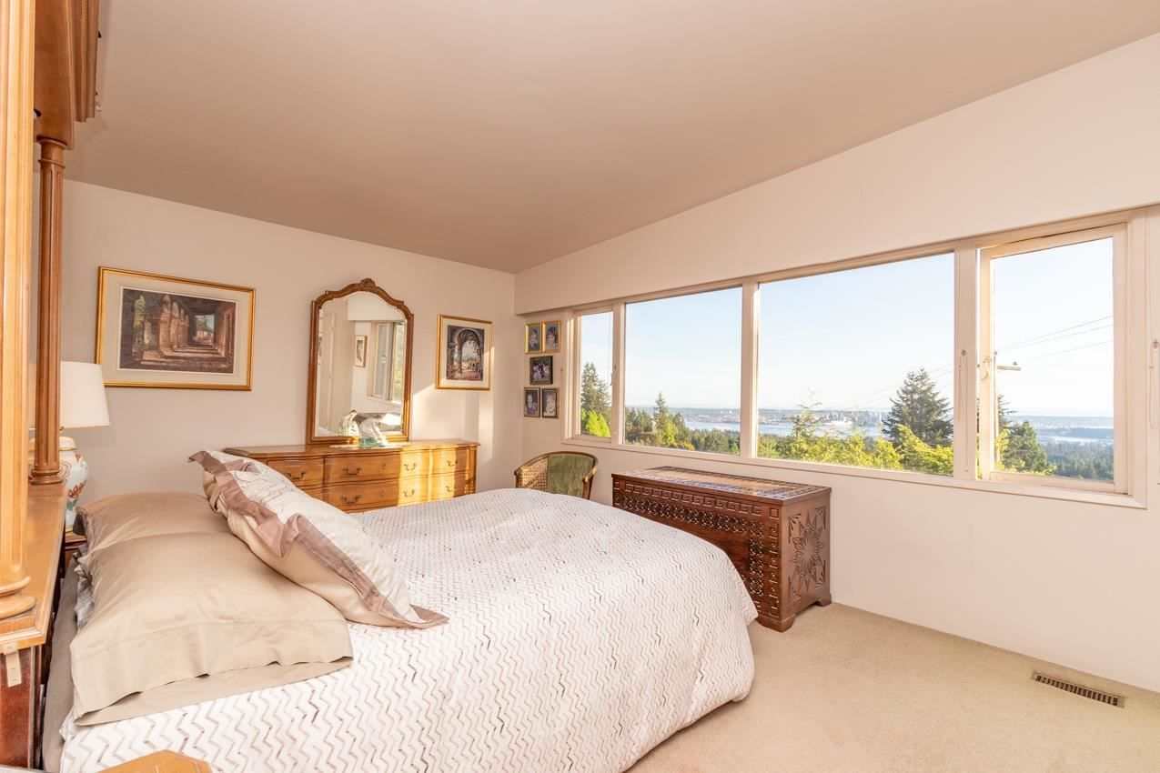 Photo 16: Photos: 385 MONTERAY Avenue in North Vancouver: Upper Delbrook House for sale : MLS®# R2582994