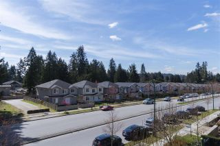 """Photo 16: 302 3105 LINCOLN Avenue in Coquitlam: New Horizons Condo for sale in """"WINDSOR GATE BY POLYGON"""" : MLS®# R2154112"""