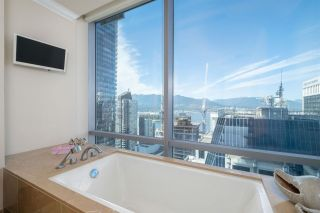 """Photo 19: 3602 1111 ALBERNI Street in Vancouver: West End VW Condo for sale in """"SHANGRI-LA"""" (Vancouver West)  : MLS®# R2591965"""