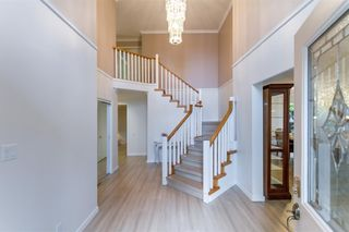 Photo 3: 1309 CAMELLIA Court in Port Moody: Mountain Meadows House for sale : MLS®# R2491100