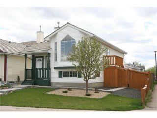 Photo 1: 416 MT ABERDEEN Close SE in Calgary: McKenzie Lake House for sale : MLS®# C4116988