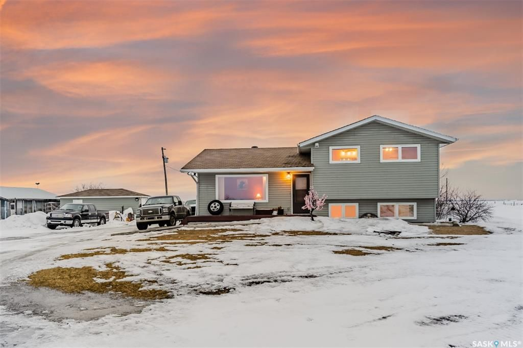 Main Photo: Roy Acreage in Asquith: Residential for sale : MLS®# SK844577