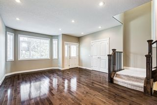 Photo 4: 2219 32 Avenue SW in Calgary: Richmond Detached for sale : MLS®# A1145673