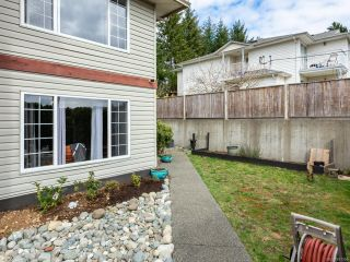 Photo 2: 5 798 ROBRON ROAD in CAMPBELL RIVER: CR Campbell River Central Row/Townhouse for sale (Campbell River)  : MLS®# 837206